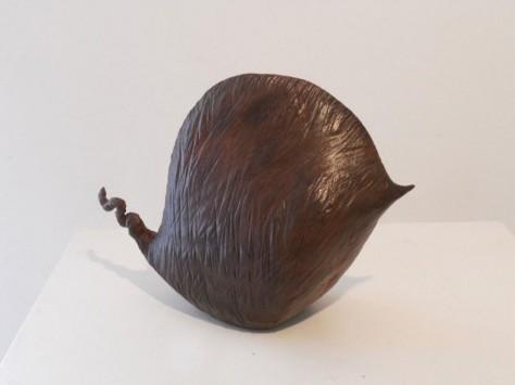 Sculpture terre cuite animaliere - Entre deux – H21 cm